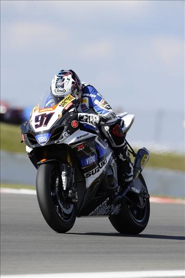 Haslam_German_WSBK_Race_2010