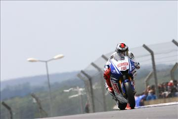 Lorenzo_French_MotoGP_Race_2009